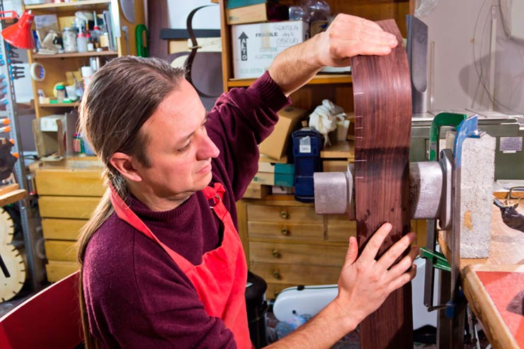 Bending of the sides of the guitar